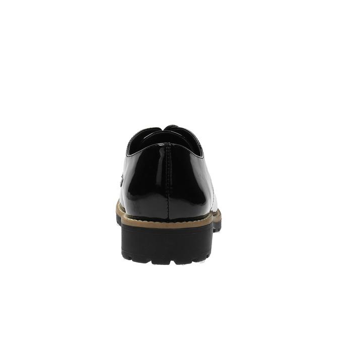 Lakierowane półbuty na wyrazistej podeszwie bata, czarny, 521-6600 - 17