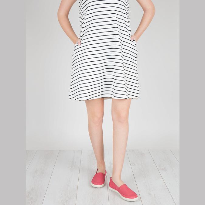 Skórzane buty z perforacją bata, różowy, 516-5601 - 18