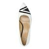 Skórzane czółenka z wzorzystym noskiem bata, biały, 624-1633 - 19