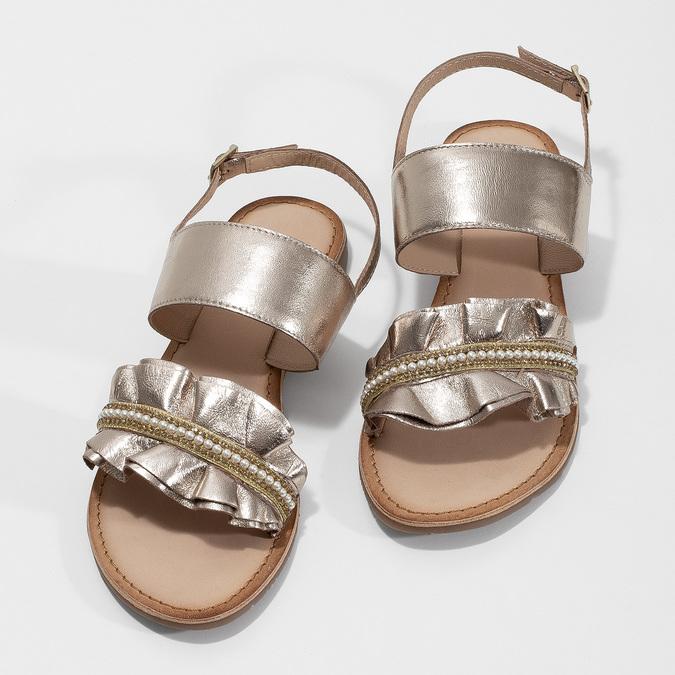 Złote skórzane sandały zperełkami bata, złoty, 566-8632 - 16