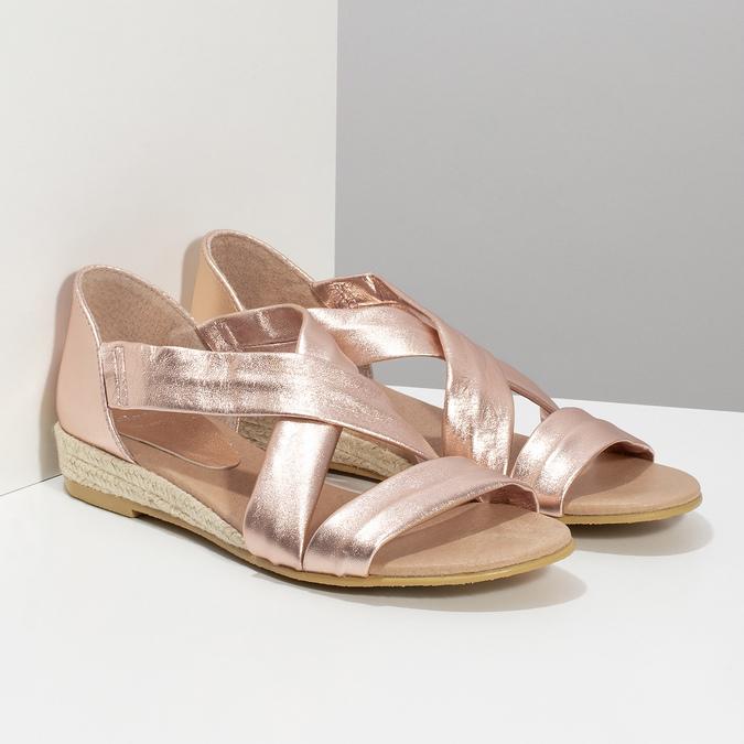 Sandały damskie na koturnach wkolorze różowego złota bata, brąz, 566-5649 - 26